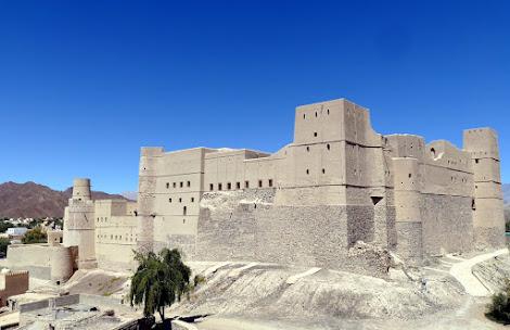 замок Бахла