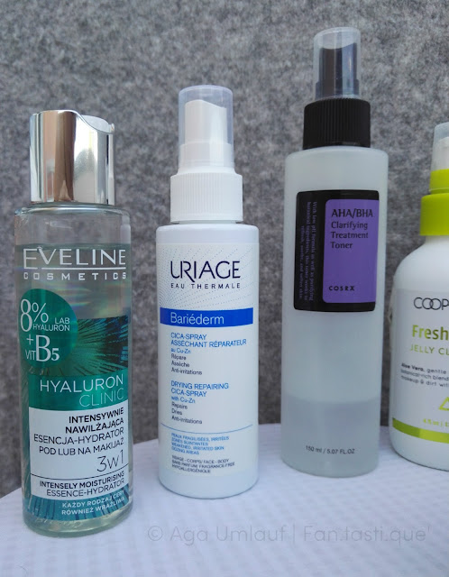 My favourite skincare products: The Eveline Hyaluronic 3 in 1 makeup primer, the Uriage Bariederm Cica-Spray containing Copper and Zinc, and the cosrx AHA/BHA Clarifying Treatment Toner