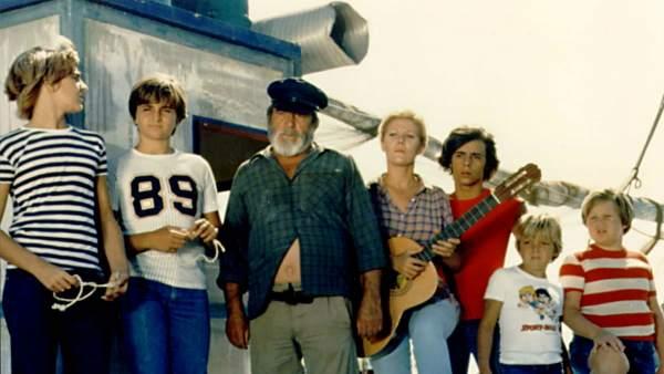 'Verano azul' solo necesitó 19 episodios y un barco, 'La Dorada', para hacer historia en TVE. Y es que las últimas entregas fueron vistas por más de nueve millones de espectadores