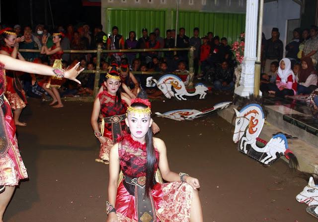 Pentas Jatilan Langen Kudho Wiromo Samigaluh, Kulon Progo (Putri)