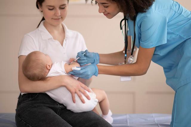 imunisasi bayi