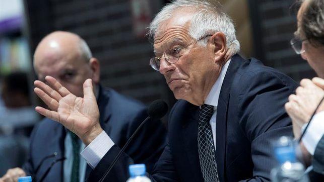 """El último regalo de Borrell a Marruecos: """"españoles, no vayan a viajar a los campamentos saharauis""""."""