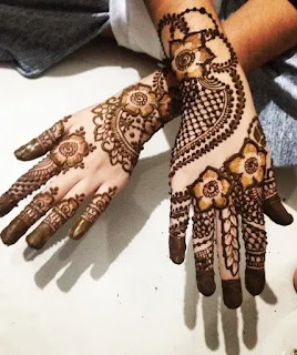 Flowers_with_net_henna_pattern_for_eid_in_2020