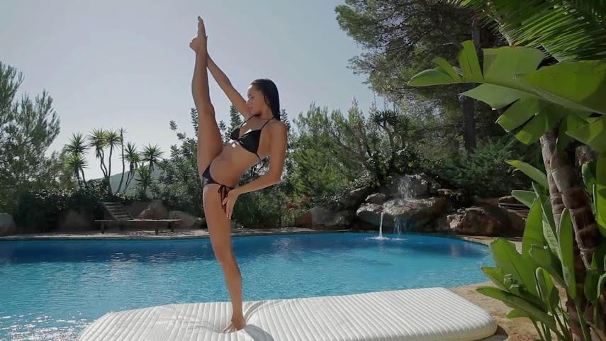 x-art 12-10-19 Flexible Beauty Mira 12-10-19_Flexible_Beauty_Mira.mp4.3