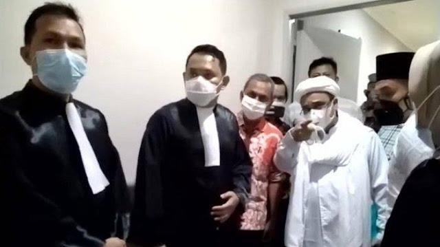 Aziz Sebut ada Operasi Intelijen Berskala Besar di Perkara Habib Rizieq, Mirip Kisah Bung Karno