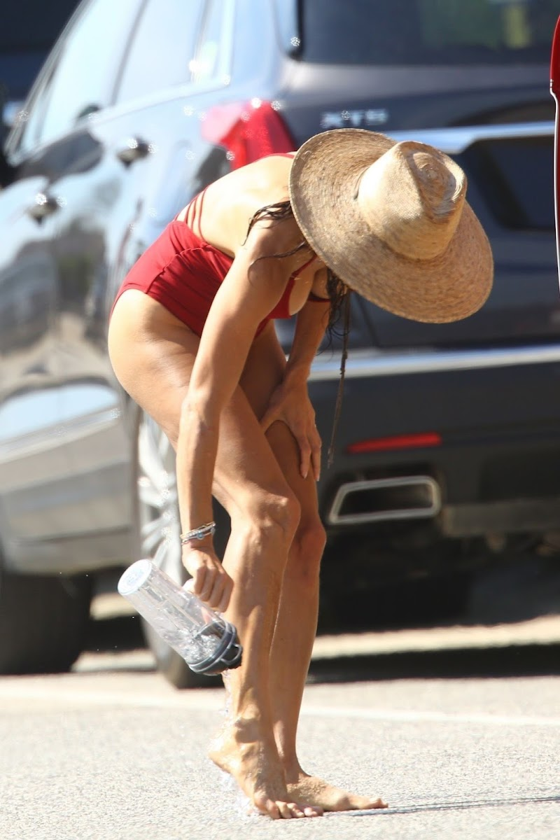 Bethenny Frankel Clicked in a Red Swimsuit at a Beach in Hamptons 29 Jul-2020