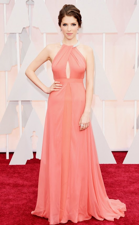 2015 Academy Awards Arrivals: Anna Kendrick in Thakoon