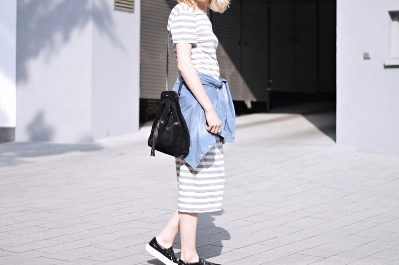OUTFIT: Striped Midi-Dress
