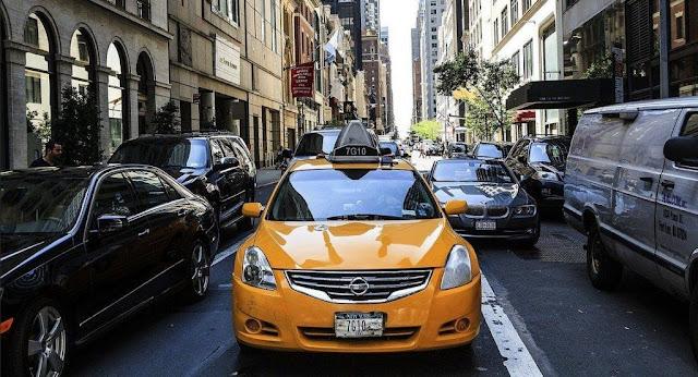 7 Rekomendasi Mobil Bekas Taxi Dari Harga Murah HIngga Desain Mewah