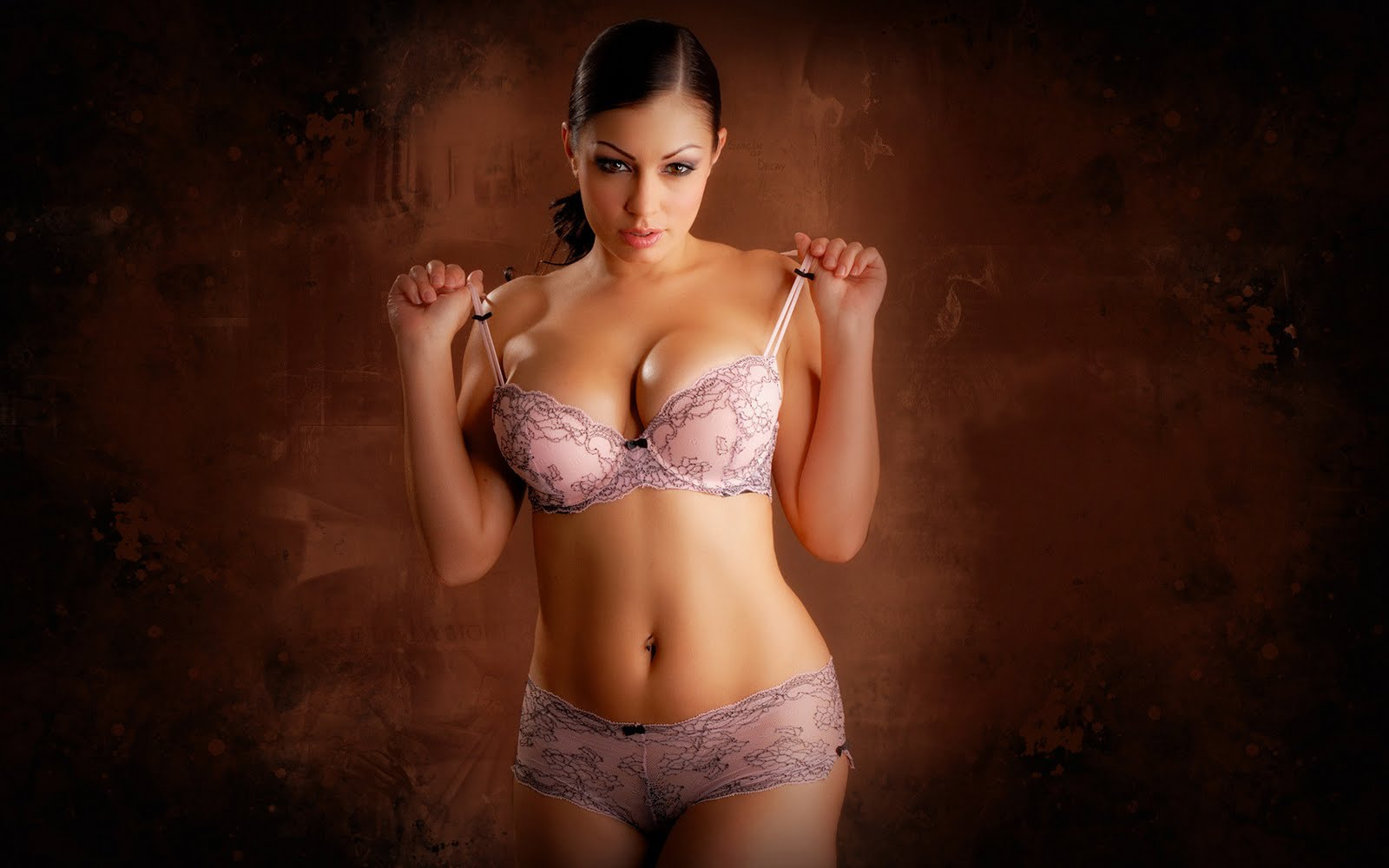 Aria Giovanni Hot HD Wallpaper | HD Wallpaper