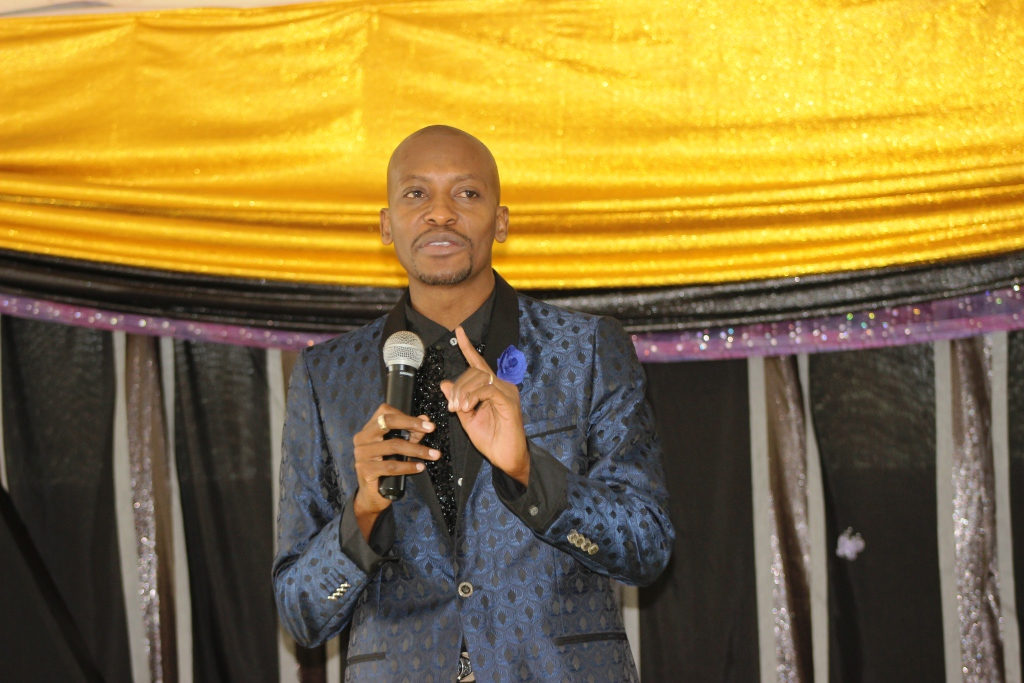 Apostle Pride Sibiya Leading Devotion