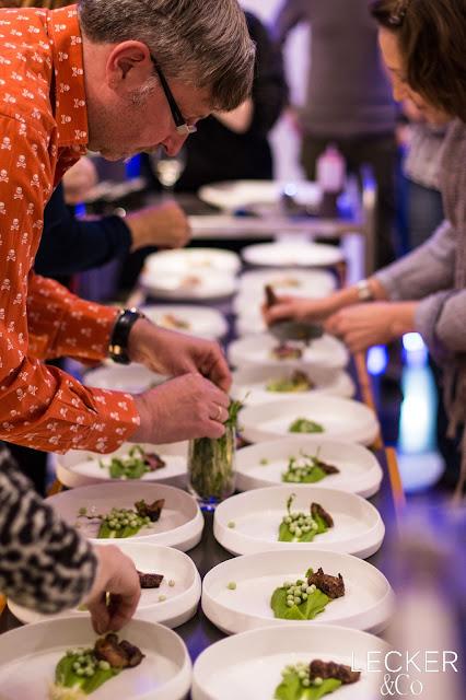 AEG, Taste Academy, Note to Tail, Nose to Tail 2.0, Luci, Ludwig Maurer, Electrolux, Nürnberg, Highfoodality, High Foodality, Insane in the Kitchen, Holla die Kochfee, Hola die Kochfee, Tina Kollmann, LECKER&Co, Lecker und co, leckerundco, Foodblogger, Fürth, Blogger, Foodblog, Rezept, Kochkurs. Koch kurs, Kochkurs Nürnberg, Kochkurs Fürth, Kochkurs AEG, Ente, Waller, Wels, Metzelsuppe, Brie, Mispeln, Mispel, Maronen, unterwegs, Kronfleisch