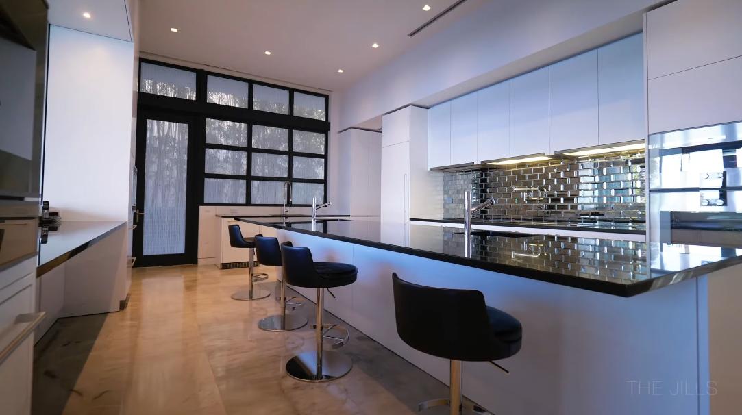 32 Photos vs. 101 N Hibiscus Dr, Miami Beach, FL Ultra Luxury Mansion Tour Interior Design