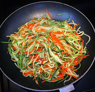 Espaguete de abobrinha e cenoura light