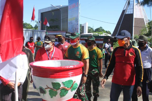 Ratusan Anggota TNI, Polri dan ASN Kota Jayapura Gelar Karya Bhakti di Batas Negara Skouw
