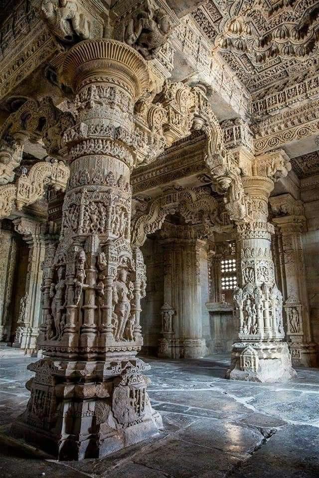 (Sahastrabahu) Saas Bahu Temple In Gwalior