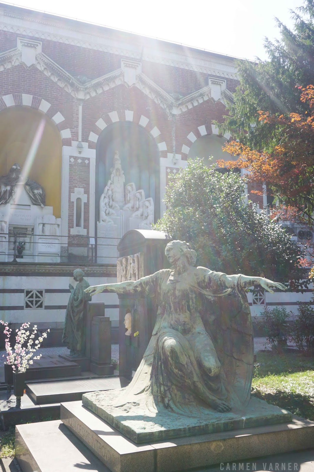 A sculpture at Cimitero Monumentale di Milano (Milan Monumental Cemetery)