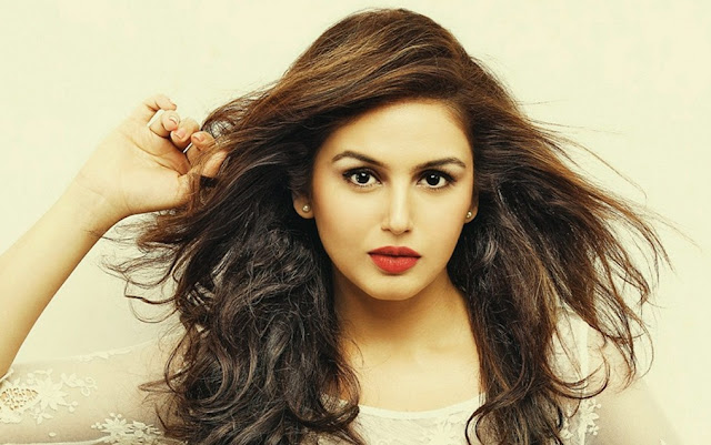 Huma Qureshi HD Wallpapers Free Download