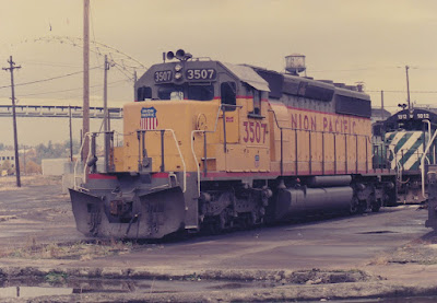 Union Pacific SD40-2 3507