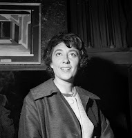 Hélène Martin Autrice, compositrice, interprète, elle fut l'une des premières à mettre en musique les poèmes d'Aragon, de Genet, Neruda, Queneau… Elle s'est éteinte le 21 février, à l'âge de 92 ans.
