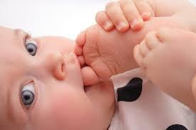 blog mimuselina los bebés descalzos