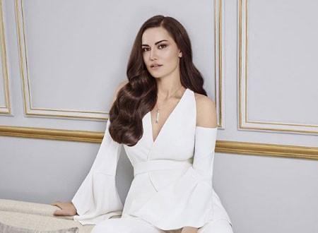 شروط الممثلة التركية فهرية أفجان للعودة للشاشة بعد الولادة.