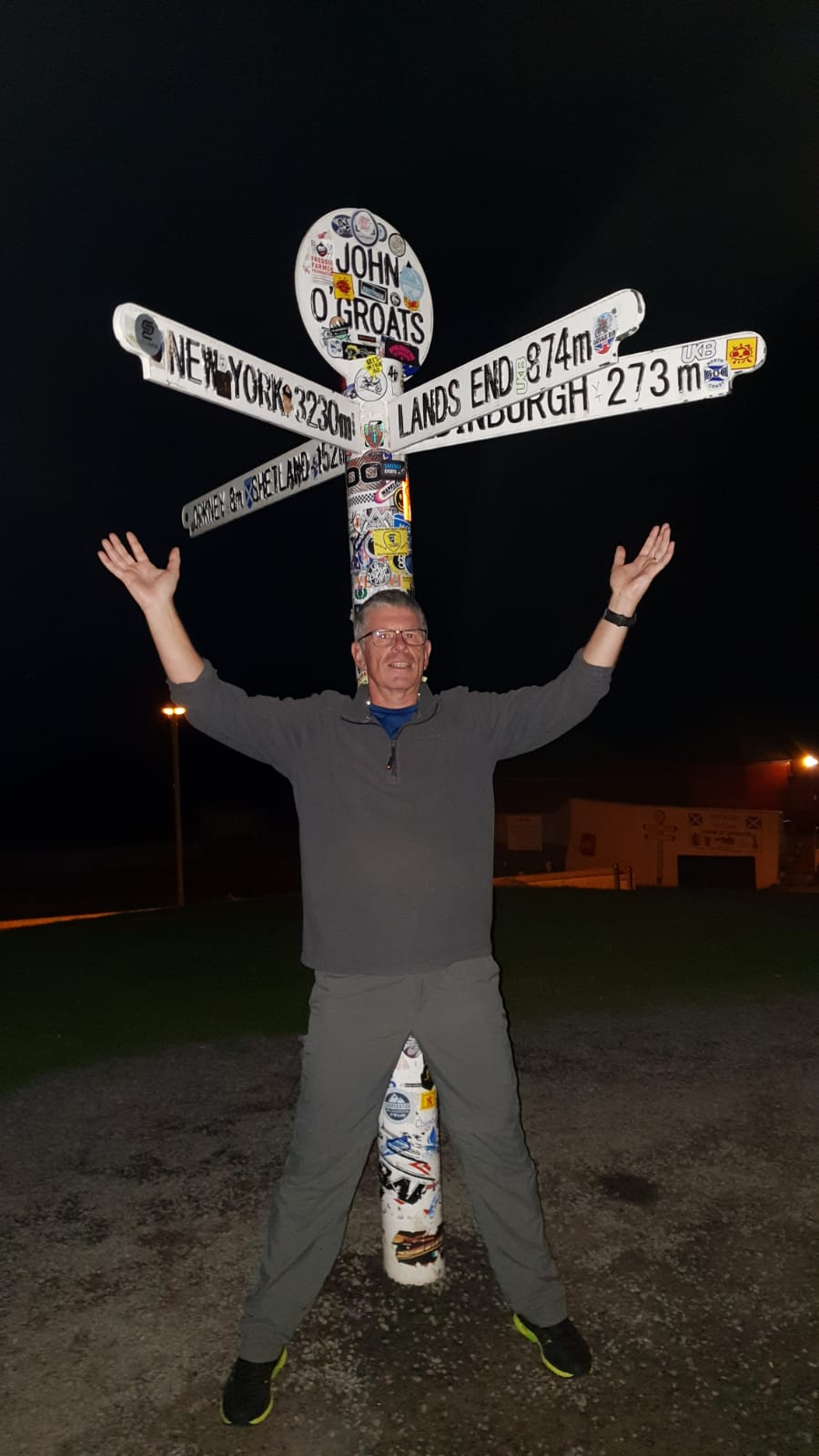 Cyclist celebrates finishing LEJOG, Land's End to John O'Groats