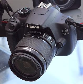 Kamera DSLR Canon EOS 1200D Lensa Kit Fullset