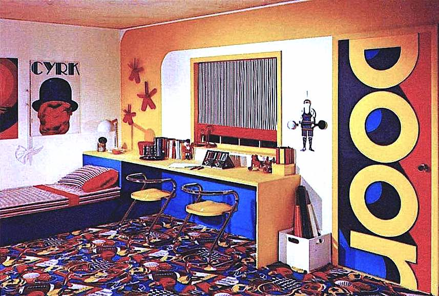 1976 teen bedroom photograph