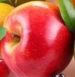 त्वचा के लिए सेब के बने सिरका का इस्तेमाल करने से त्वचा का ऑयलीपन दूर होता है