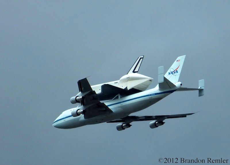 space shuttle flying - photo #39