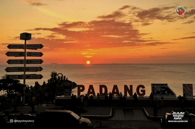 Sunset Indah di Padang