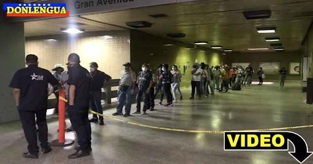 Enormes colas para comprar el nuevo ticket del Metro que aumentó de precio 45 veces