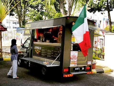 Pasar Malam Truck