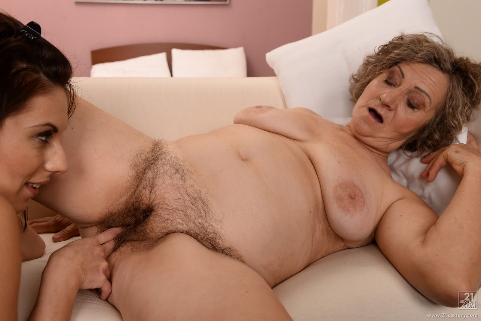 Grandmother porn video-6516