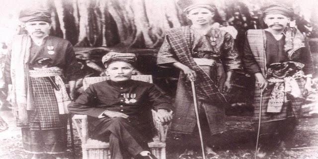 Kedudukan Penghulu di Minangkabau