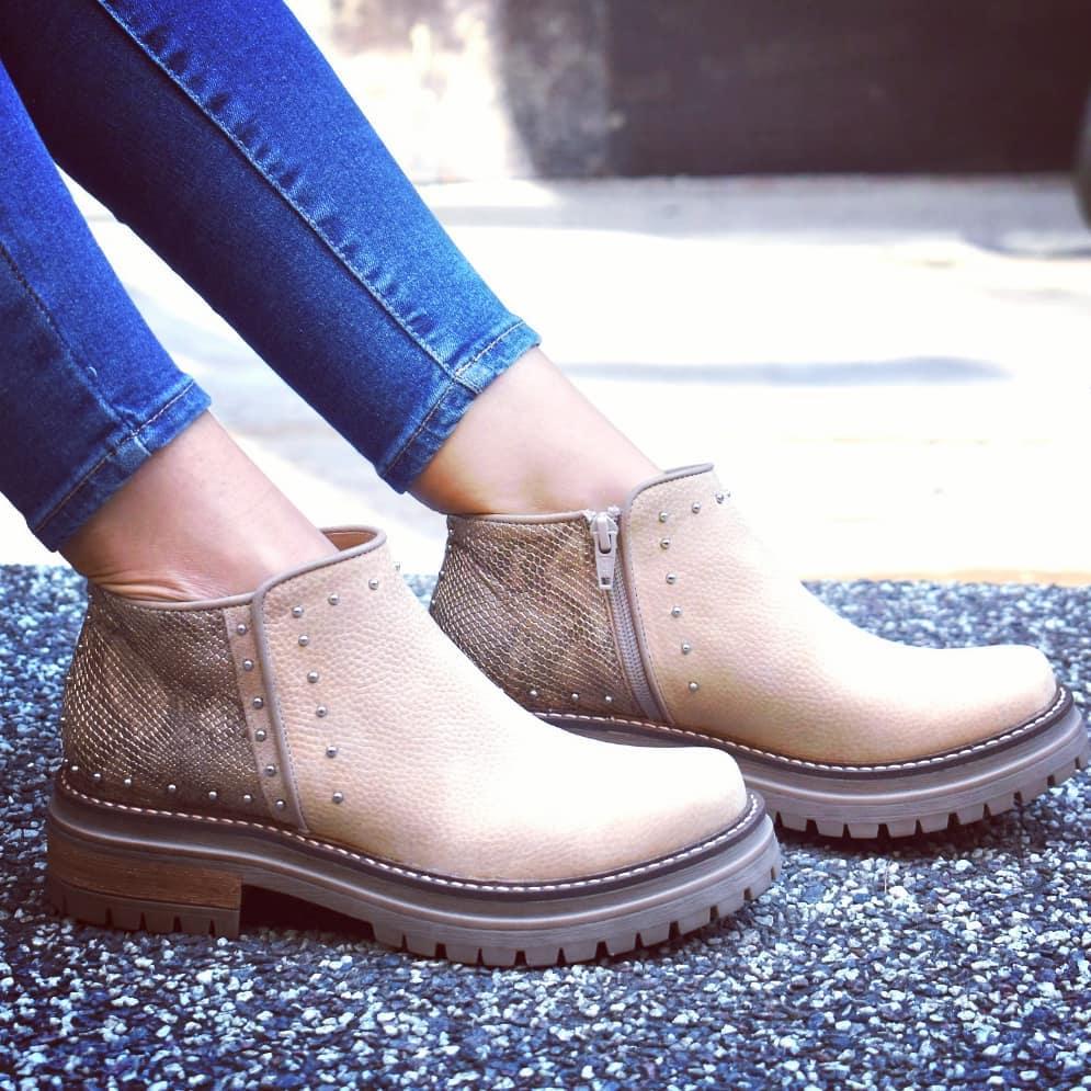 Moda invierno 2020 botas de mujer de cuero taco bajo cuadrado.