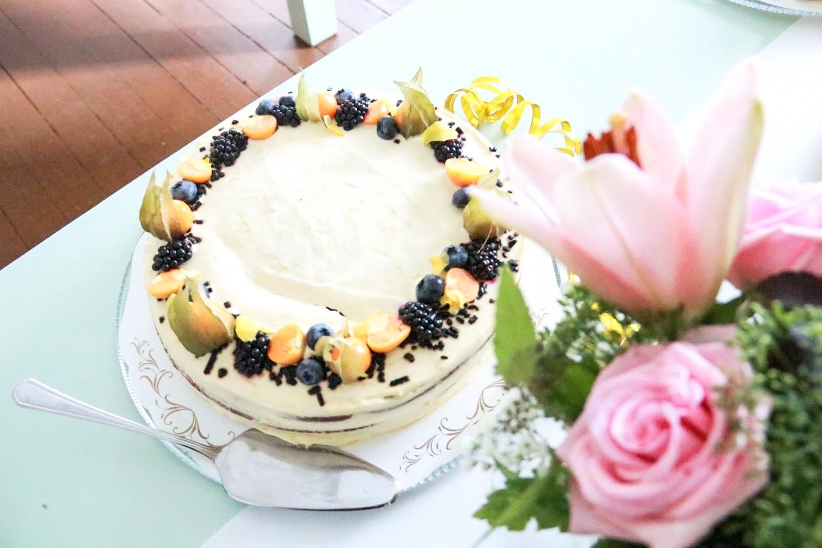 Sitruuna salmiakki kakku, Viikkokatsaus, Maitokahvimedia, lanseerausjuhla