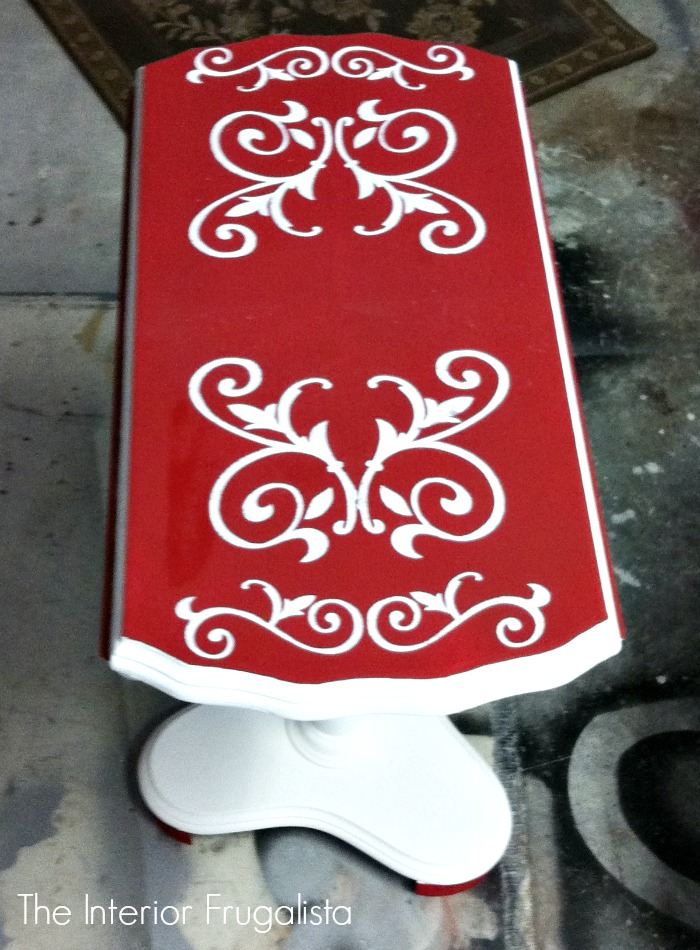 Curbside Tilt Top Table Damask Stencil