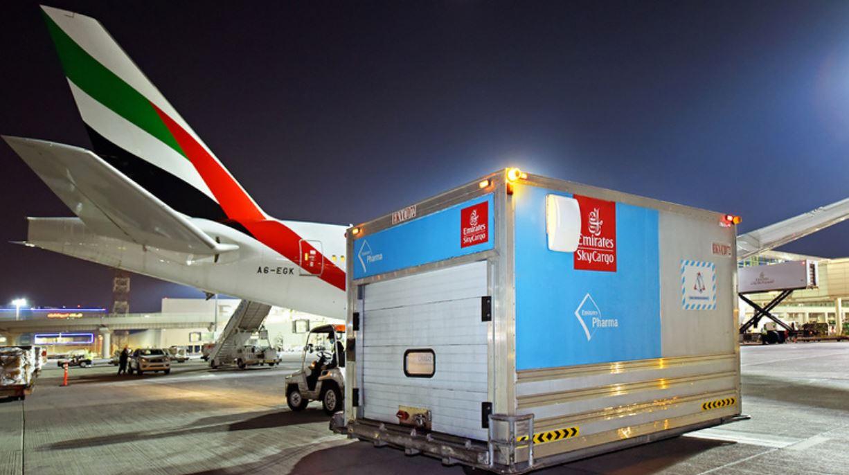 """الإمارات للشحن الجوي"""" توصل 50 مليون جرعة لقاح إلى 50 وجهة"""