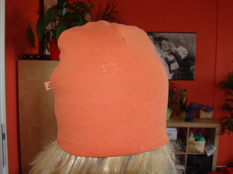 d1633af2466 Opět moje oblíbené šití a to čepička. Návod jsem našla