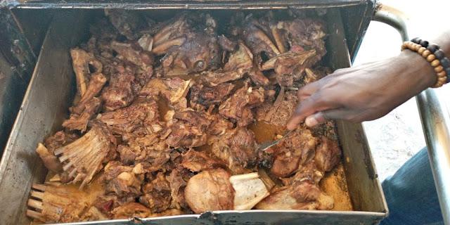 Cuisine, restaurant, Forokh, thiaya, fast, food, local, nourriture, ingrédients, culinaires, vendeurs, viande, recette, plat, repas, LEUKSENEGAL, Dakar, Sénégal, Afrique