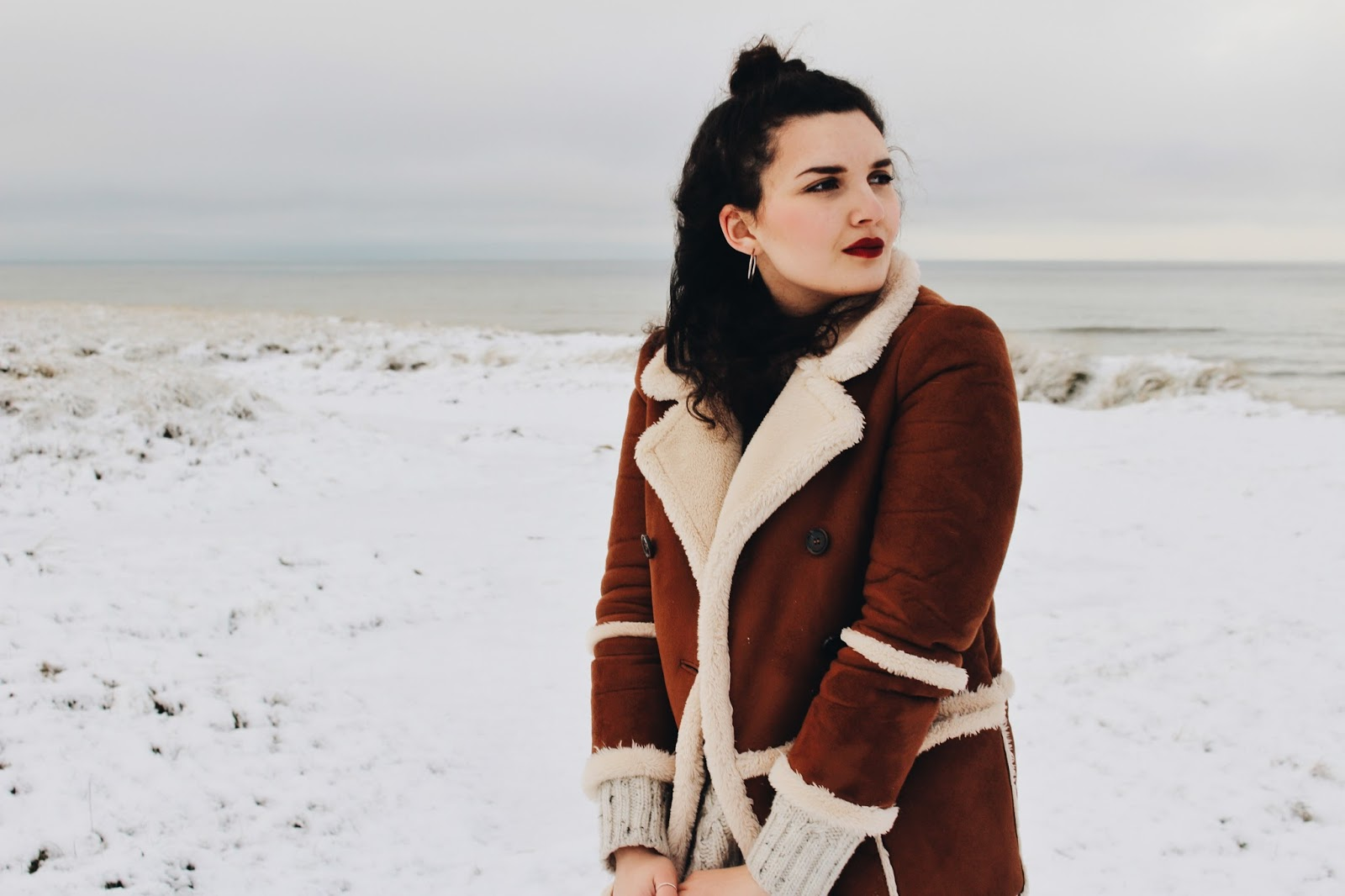 how to live your best life, danish girl, danish blogger, danish fashion blogger, snow, winter, winter outfit, snow outfit, shearling coat, shearling jacket, topshop, archive by alexa, sweater, cream knit, fisherman sweater, cable knit, love yourself, know your identity, fashion blog, advice, treat yourself, buy shoes, dare to dream, em's wardrobe, outfit of the day, style blogger, minimal blogger, scandinavian blogger, zara dress, yves saint laurent inspired