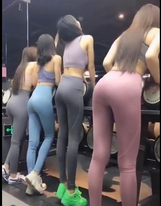 Lý do tôi thích đi tập gym đây mấy ông ạ :))