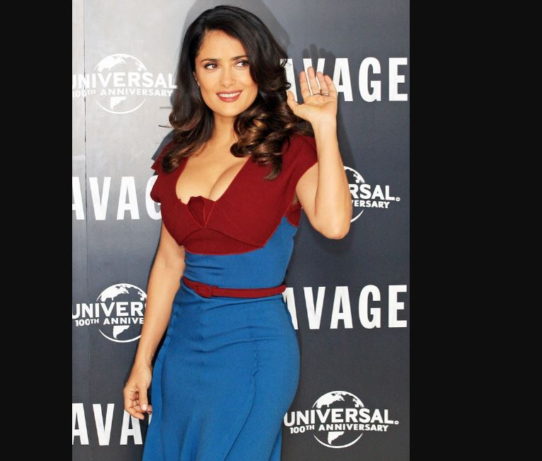 Vestido Moda azul rojo de Salma Hayek