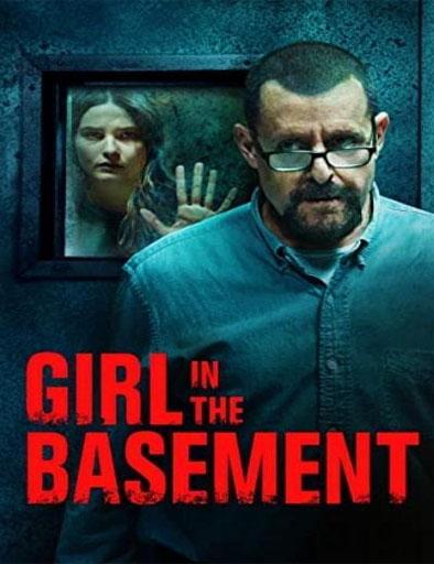 Chica en el sótano