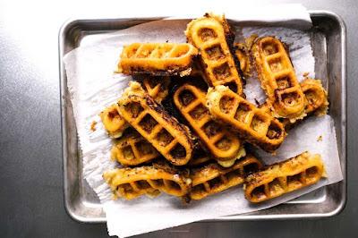 Mac and Cheese Waffles Recipe