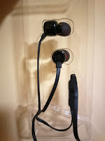 JBL Tune 110 in-ear headphone with mic