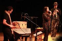 http://musicaengalego.blogspot.com.es/2015/07/fotos-puntada-sen-fio-no-auditrio-da.html