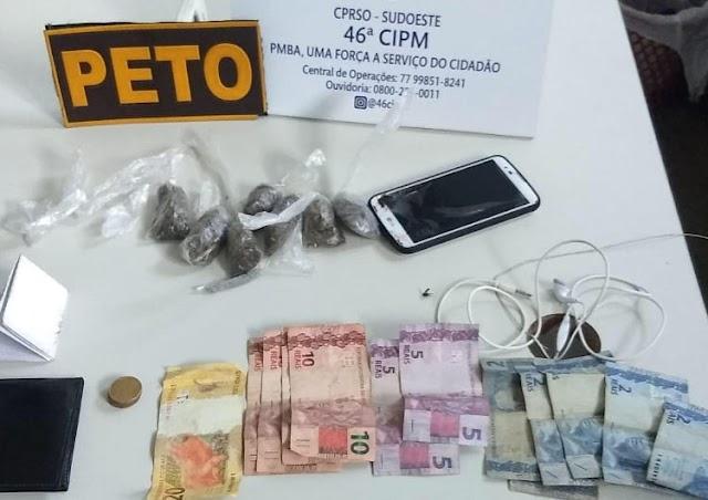 Dois homens são presos suspeitos de tráfico de drogas em Livramento